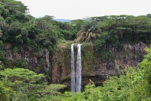 luna-de-miel-islas-mauricio-cascada-chamarel