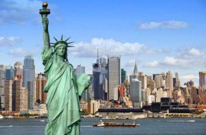luna-de-miel-nueva-york-estatua